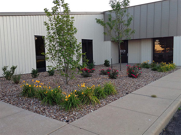 Commercial landscaping austin 39 s lawn care and landscaping for Commercial landscaping